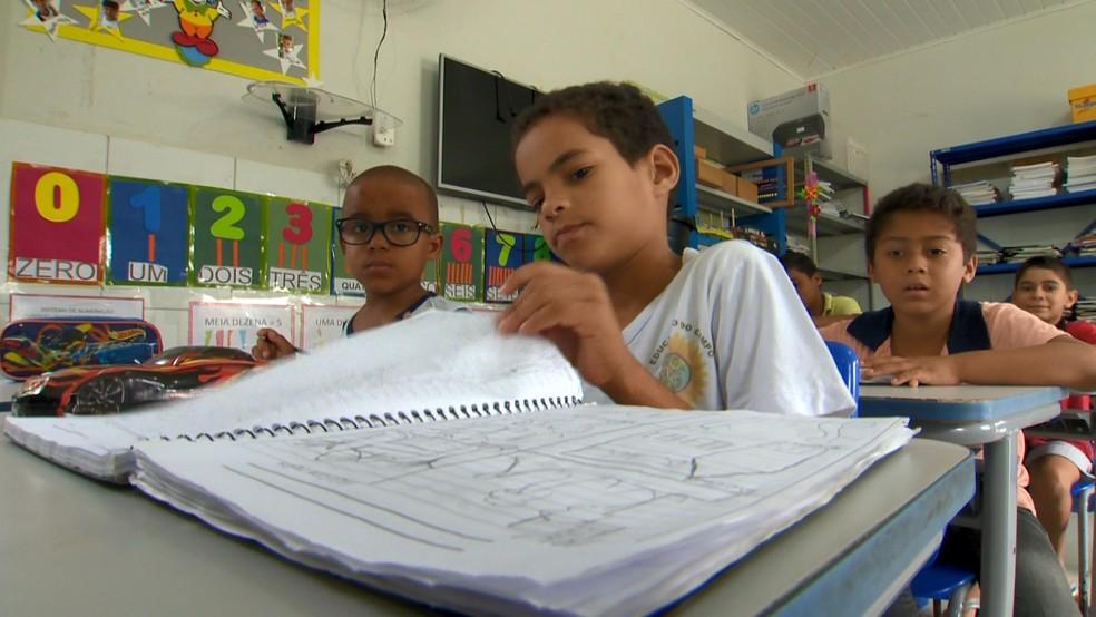 Sala de aula da escola Córrego Patioba, em Sooretama — Foto: Fabrício Christ/ TV Gazeta