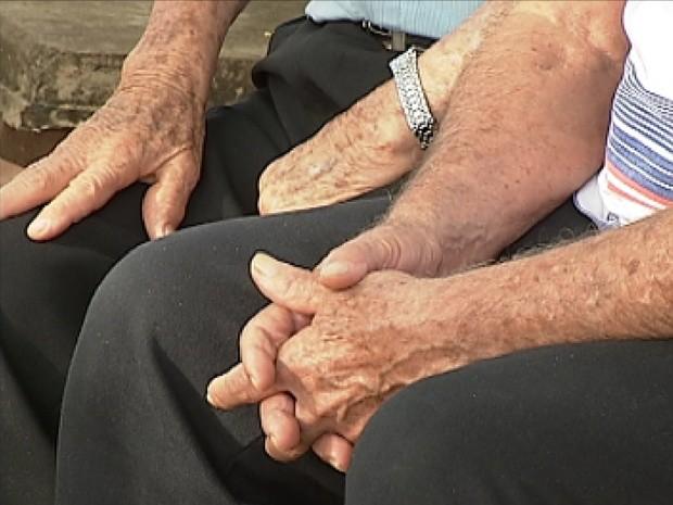 Violências física, financeira e verbal lideram denúncias de crimes contra idosos no AP