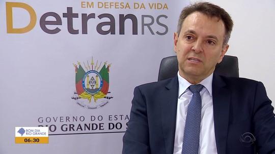 Caminhoneiros do RS compram laudos toxicológicos falsos para conseguir a CNH, aponta MP