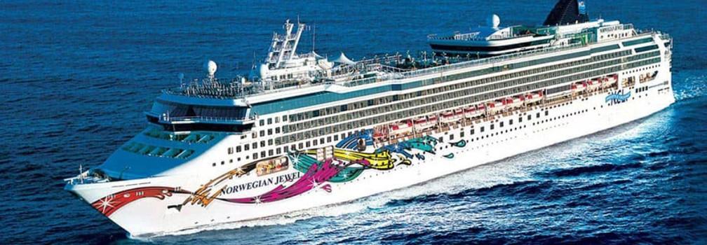 Norwegian Jewel, navio de cruzeiro recusado em quatro países da Oceania em meio às medidas contra o novo coronavírus — Foto: Reprodução/Norwegian Cruise Line