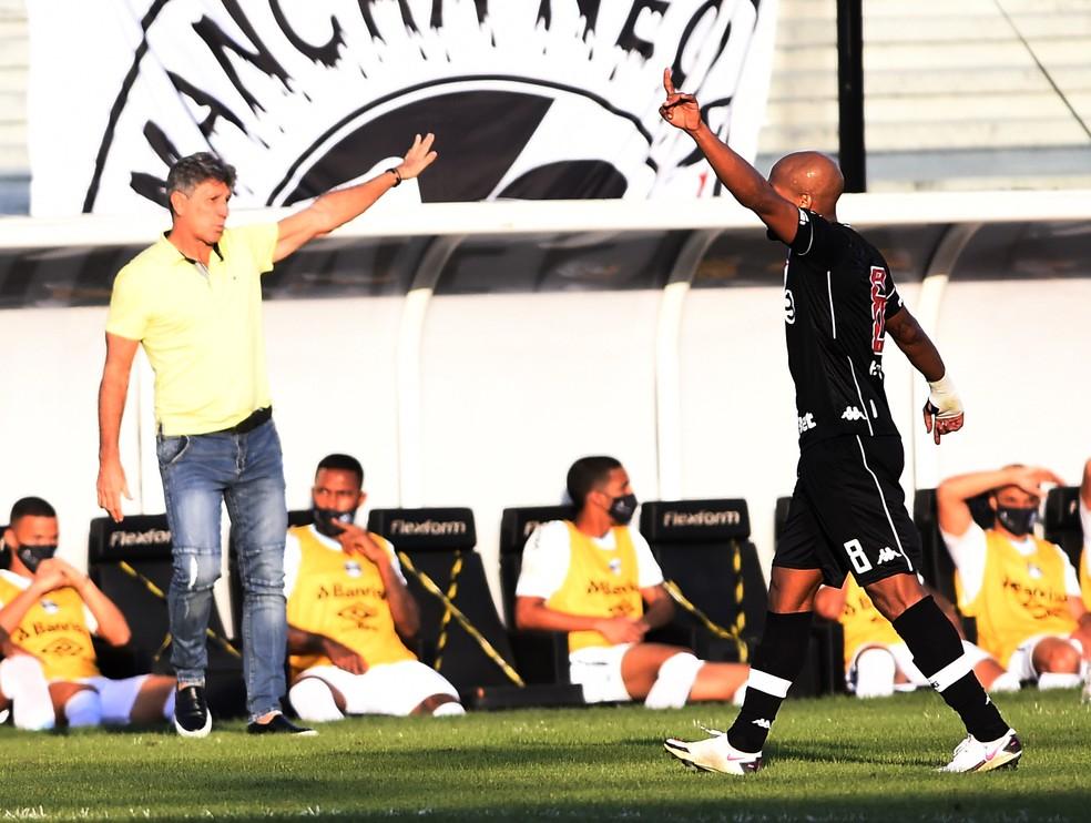 Renato na partida contra o Vasco — Foto: André Durão
