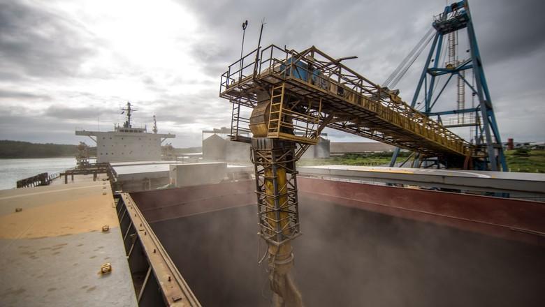 caminhos da safra - soja - porto - rodovia - máquinas agrícolas - bahia - Chapada Diamantina (Foto: Fellipe Abreu/Editora Globo)