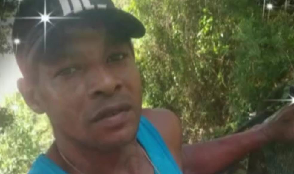 Gari comunitário morre após ser baleado no Morro do Vidigal; moradores fizeram protesto — Foto: Reprodução/TV Globo