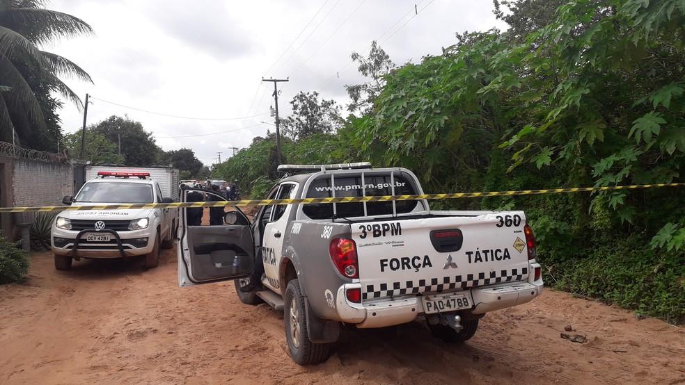 PM da reserva seguia com três familiares em seu carro por uma estrada de terra, quando foi interceptado pelos criminosos — Foto: Julianne Barreto/Inter TV Cabugi