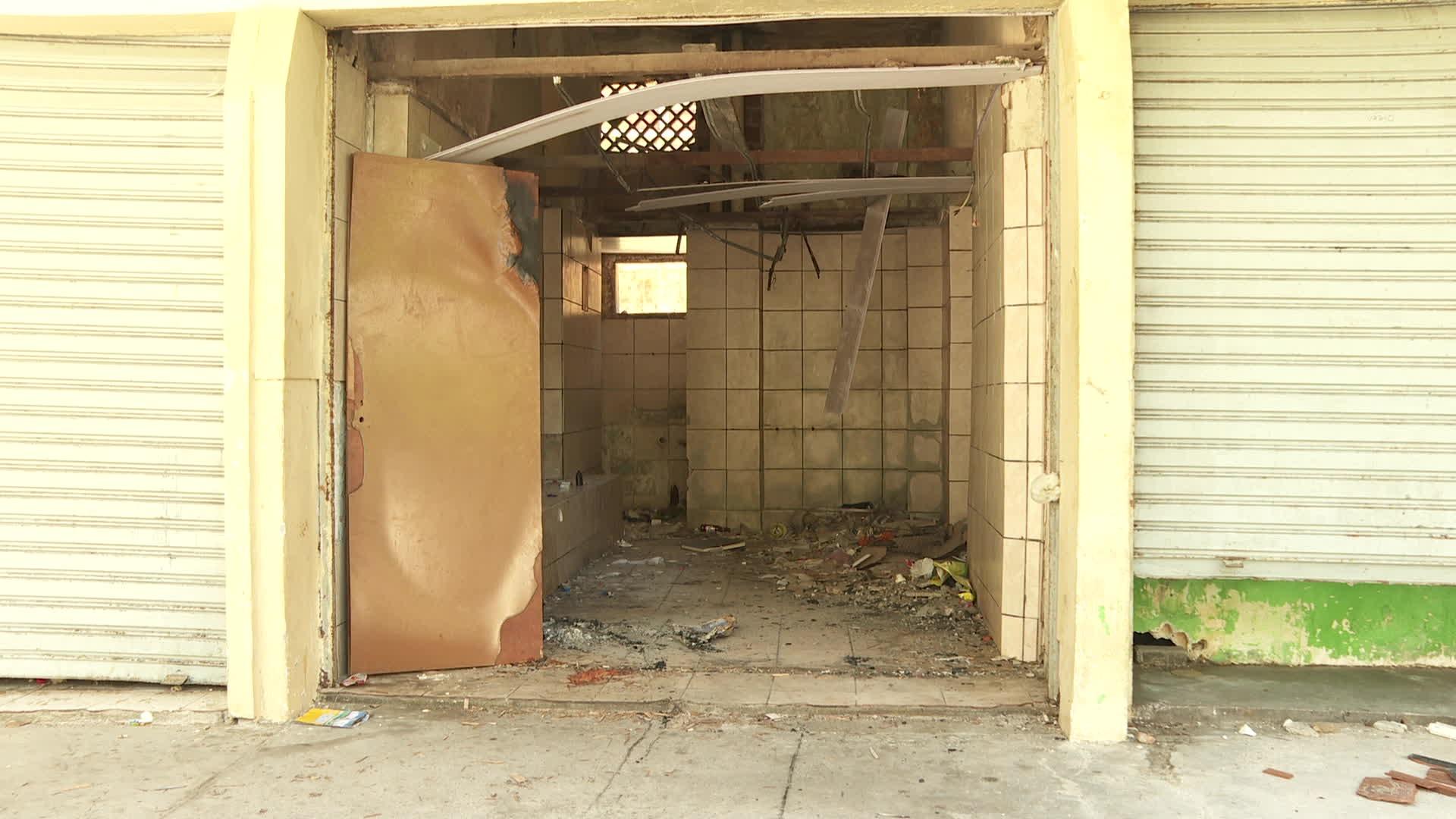 Sem tapumes após desocupação, Edifício Holiday fica exposto a roubos e vandalismo
