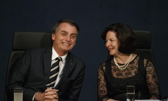 O presidente Jair Bolsonaro e a procuradora Raquel Dodge
