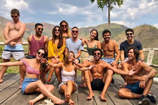 Atores se divertem na Chapada dos Veadeiros (Foto: Reprodução/Instagram)