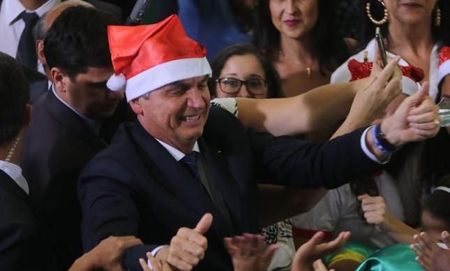 Jair Bolsonaro participa de Cantata de Natal no Palácio do Planalto