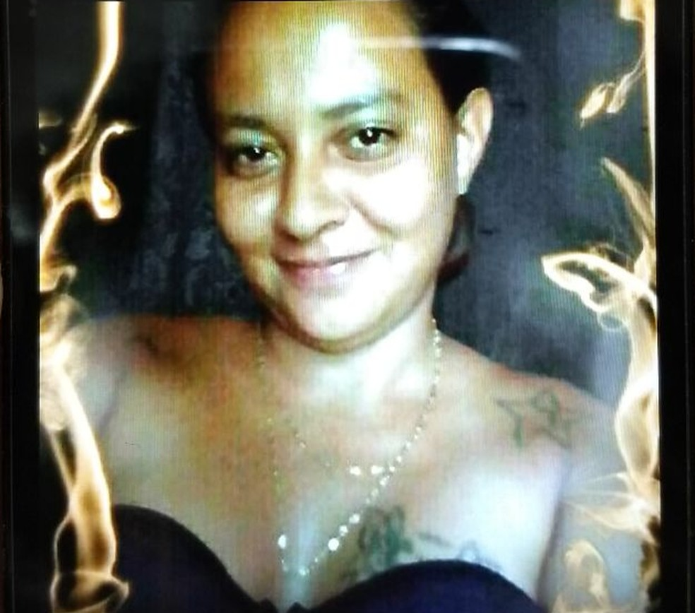 Fam�lia afirma que corpo encontrado em mala seria da diarista Marcela Andreia (Foto: Arquivo da fam�lia)