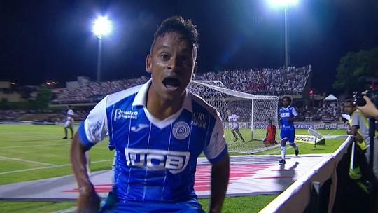 São Paulo tem negociação avançada para contratar Régis, do São Bento