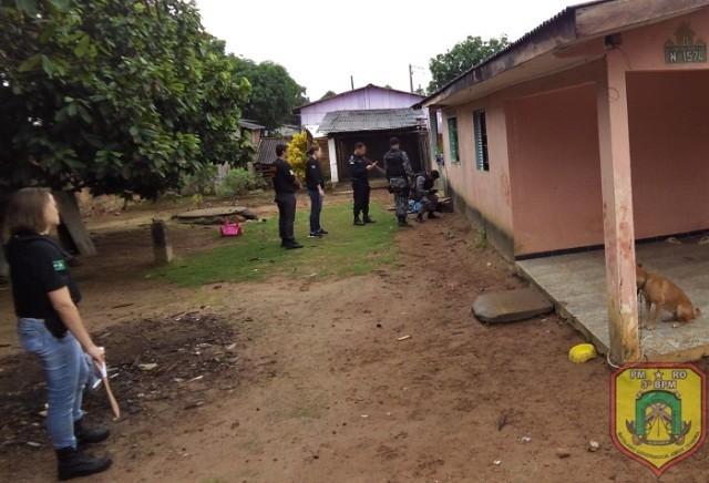 Polícia cumpre 11 mandados de busca e apreensão e prende quatro pessoas durante operação em RO