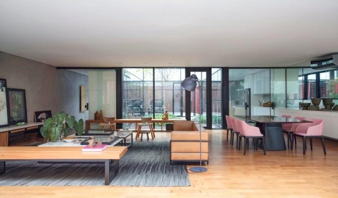 Arquitetura moderna inspira projeto de casa contemporânea de 315 m²