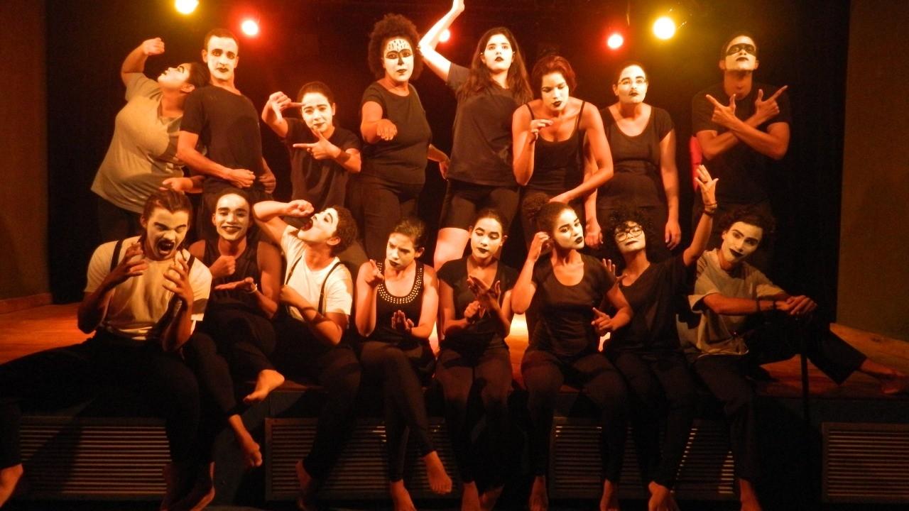 Centro cultural promove oficina de teatro gratuita e online com duração de um mês; veja como participar