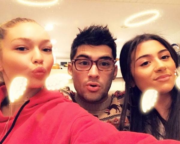 Gigi, Zaym e Safaa durante as festas de natal (Foto: Reprodução/Instagram)