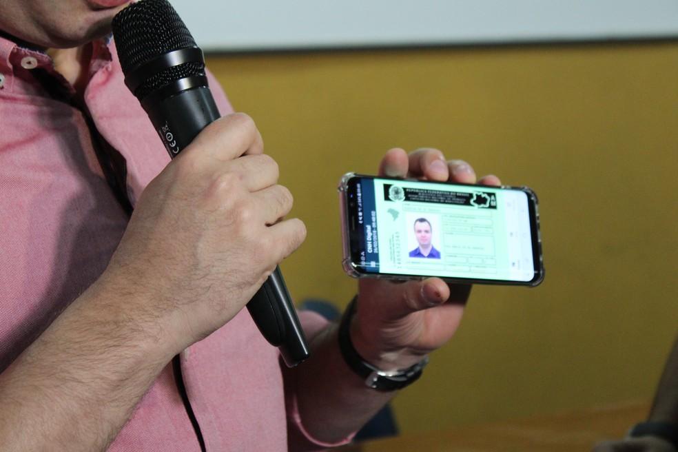 -  CNH Digital terá mesma validade jurídica da carteira de habilitação impressa  Foto: Adneison Severiano/G1