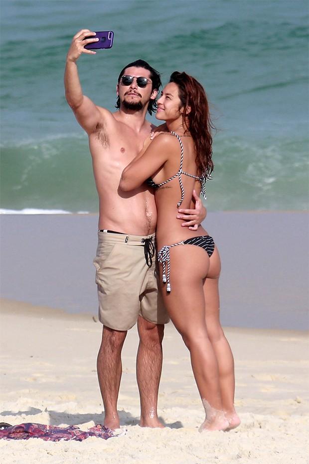 Yanna Lavigne e Bruno Gissoni (Foto: AgNews)