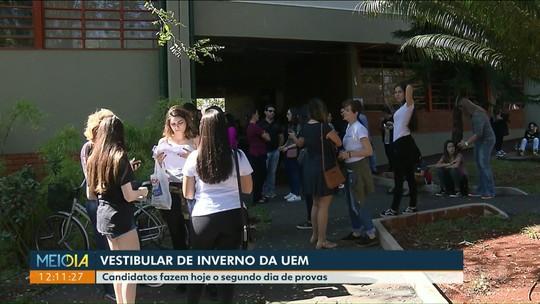 Estudantes fazem prova do vestibular da UEM nesta segunda (15)