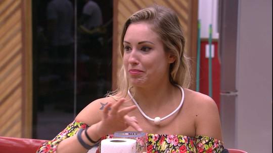 Jéssica recorda saída de Patrícia e diz: 'Não gostei do que ela fez'
