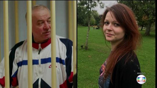 Reino Unido identificou russos suspeitos de ataque contra ex-espião Skripal, diz agência