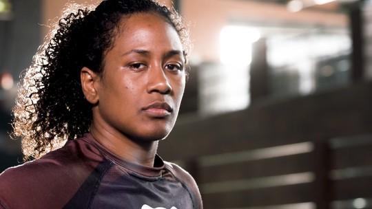 Gatinha para a família, pantera negra para as rivais: os dois lados de Dayana Silva