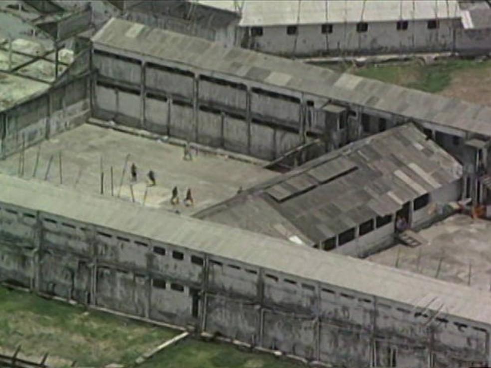 -  Agênte prisional e mais 21 dententos morreram em confronto durante tentativa de fuga.  Foto: Reprodução/TV Liberal