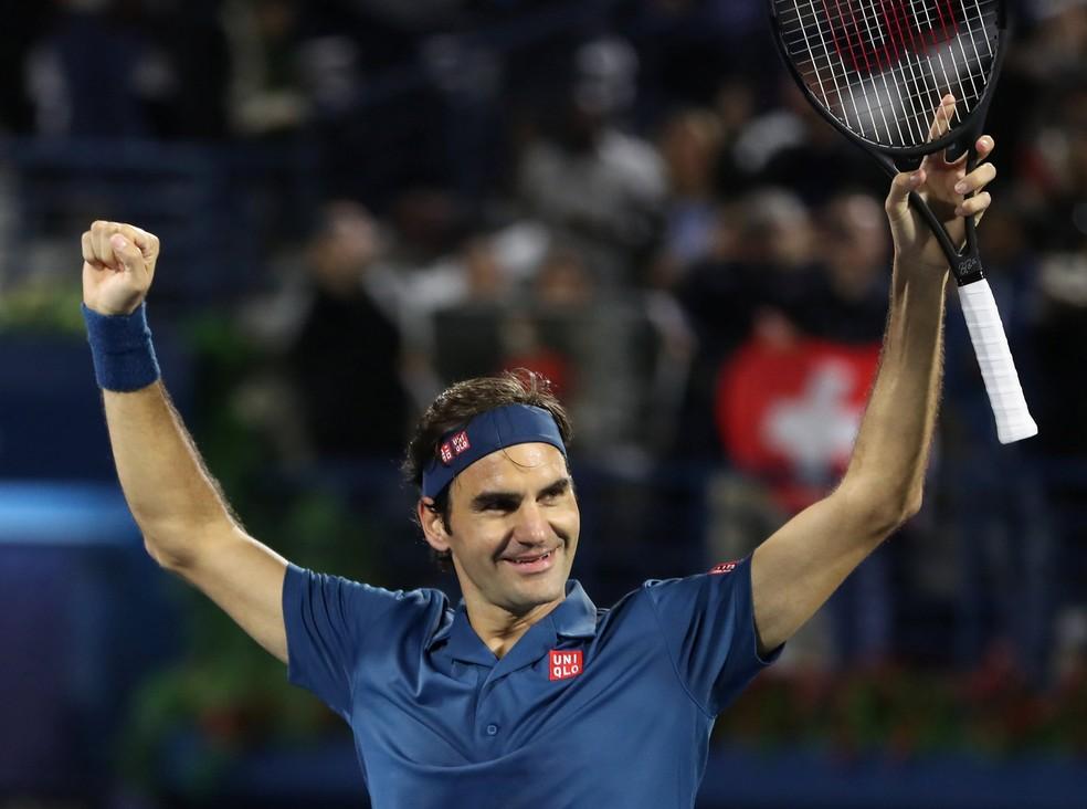 Ex-número um do mundo, atual terceiro do ranking da Associação de Tenistas Profissionais, Roger Federer, que atualmente está disputando o torneio de Roland Garros, dorme de 11 a 12 horas por dia — Foto: REUTERS/Ahmed Jadallah