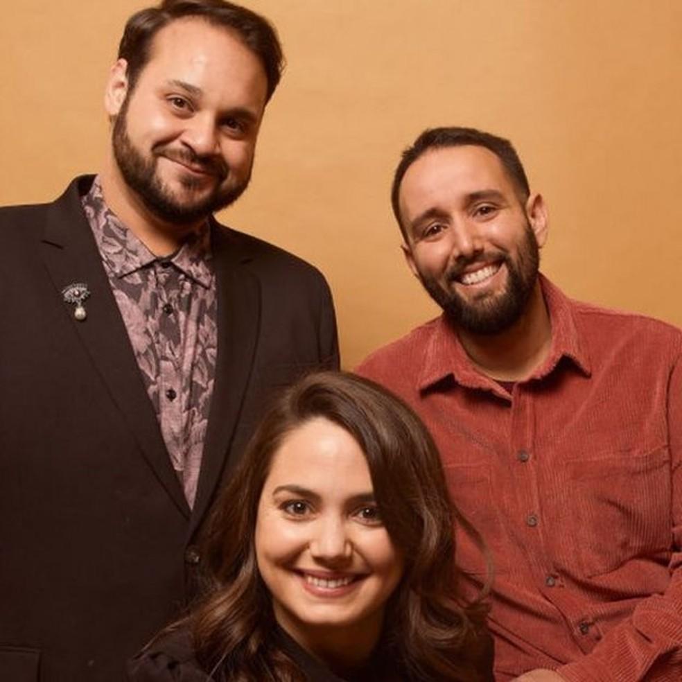 Kareem Tabsch, Cristina Costantini e Alex Fumero, que produziram o documentário — Foto: Getty Images via BBC
