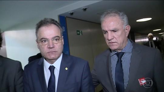 Governadores 'se acovardaram', diz presidente da comissão da reforma da Previdência
