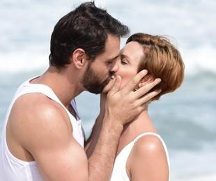 Antonio (Felipe Cunha) e Sophia (Camila Rodrigues) em 'Topíssima' | Blad Meneghel/ Record