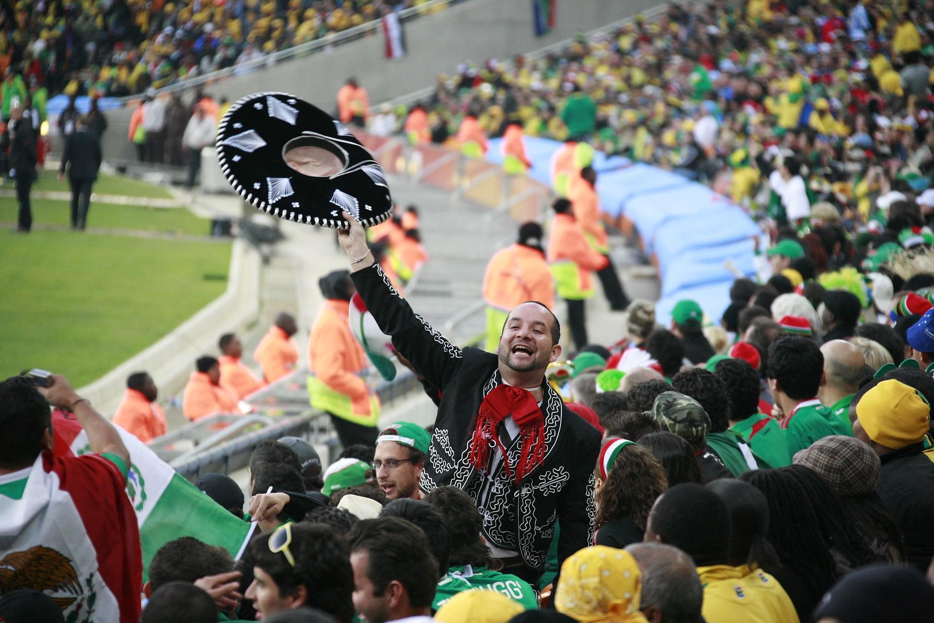 Torcida mexicana comemora gol  (Foto: Wikimedia Commons)