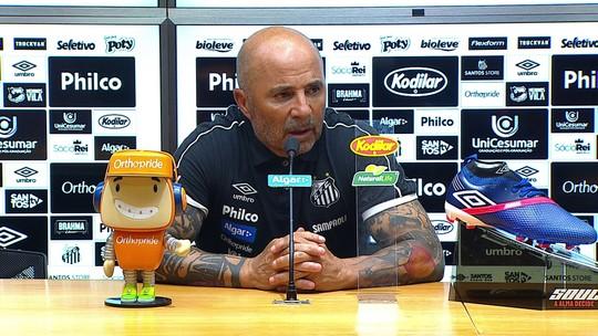 """Sampaoli, sobre apoio da torcida do Santos a Vanderlei: """"Ele é muito mais ídolo do que eu"""""""