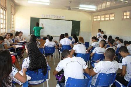 Encontro de Educação discute plano para o enfrentamento de alunos em atraso escolar em RR - Notícias - Plantão Diário