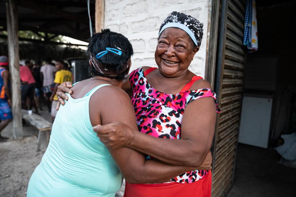 Mulheres kalungas no Vão de Almas, no nordeste de Goiás — Foto: Fábio Tito/G1