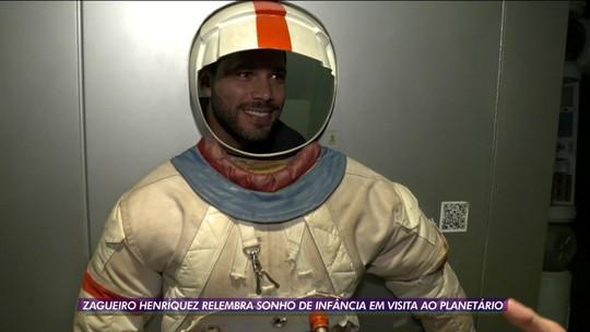 """Titular do Vasco, Henríquez reflete em viagem ao espaço: """"A vida é curta e somos pouco no universo"""""""