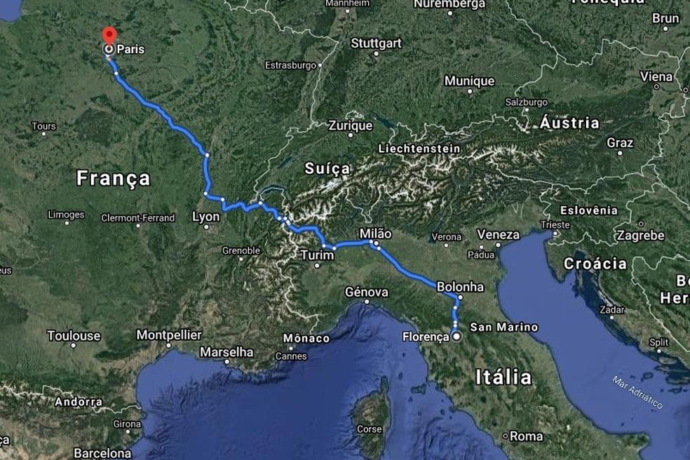 Em 1945, Celso Furtado e um amigo viajaram 1.200km de jipe para conhecerem Paris — Foto: Reprodução / Google Maps