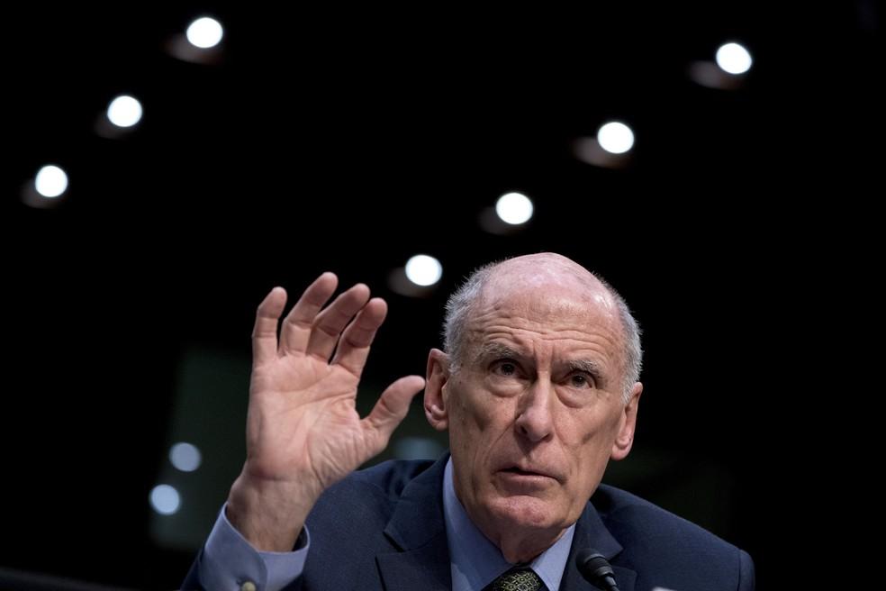 -  Dan Coates, diretor de Inteligência Nacional, fala nesta terça-feira  13  no comitê de Inteligência do Senado dos EUA  Foto: AP Photo/Andrew Harnik
