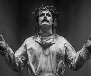 Coringa de Jared Leto posa de Cristo em remontagem de 'Liga da Justiça'