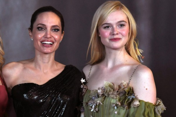 As atrizes Angelina Jolie e Elle Fanning (Foto: Getty Images)