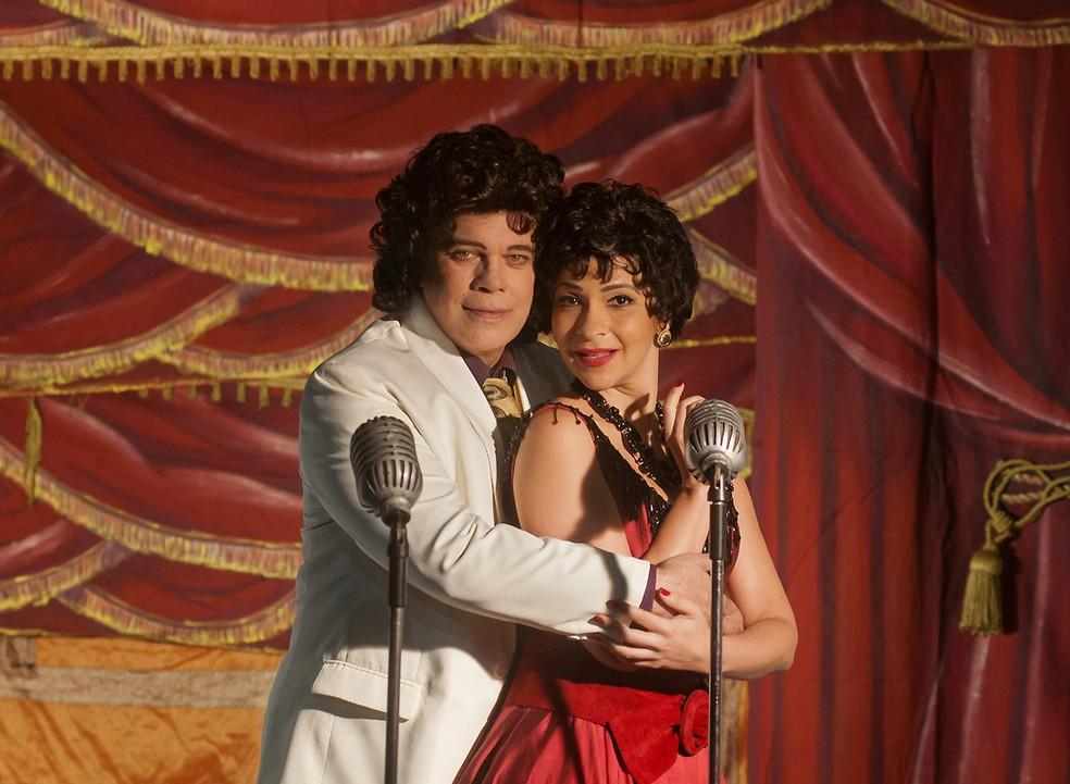 Diogo Vilela e Sabrina Korgut no musical 'Cauby! Cauby! – Uma lembrança' (Foto: Divulgação / Dalton Valério)