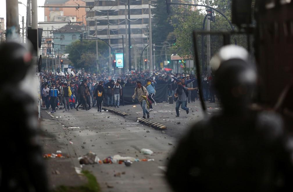 Protestos no Equador chegaram ao segundo dia nesta sexta-feira (4) — Foto: Daniel Tapia/Reuters
