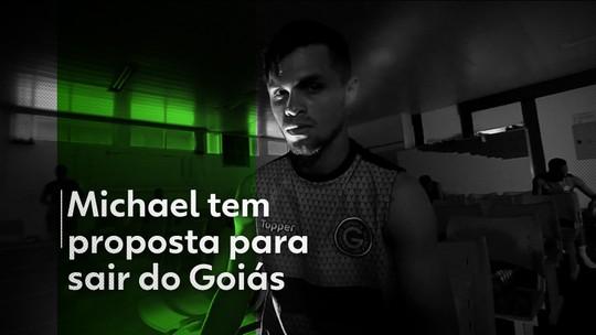 Oferta do Corinthians por Michael é melhor que a do Santos, mas ainda não agrada ao Goiás
