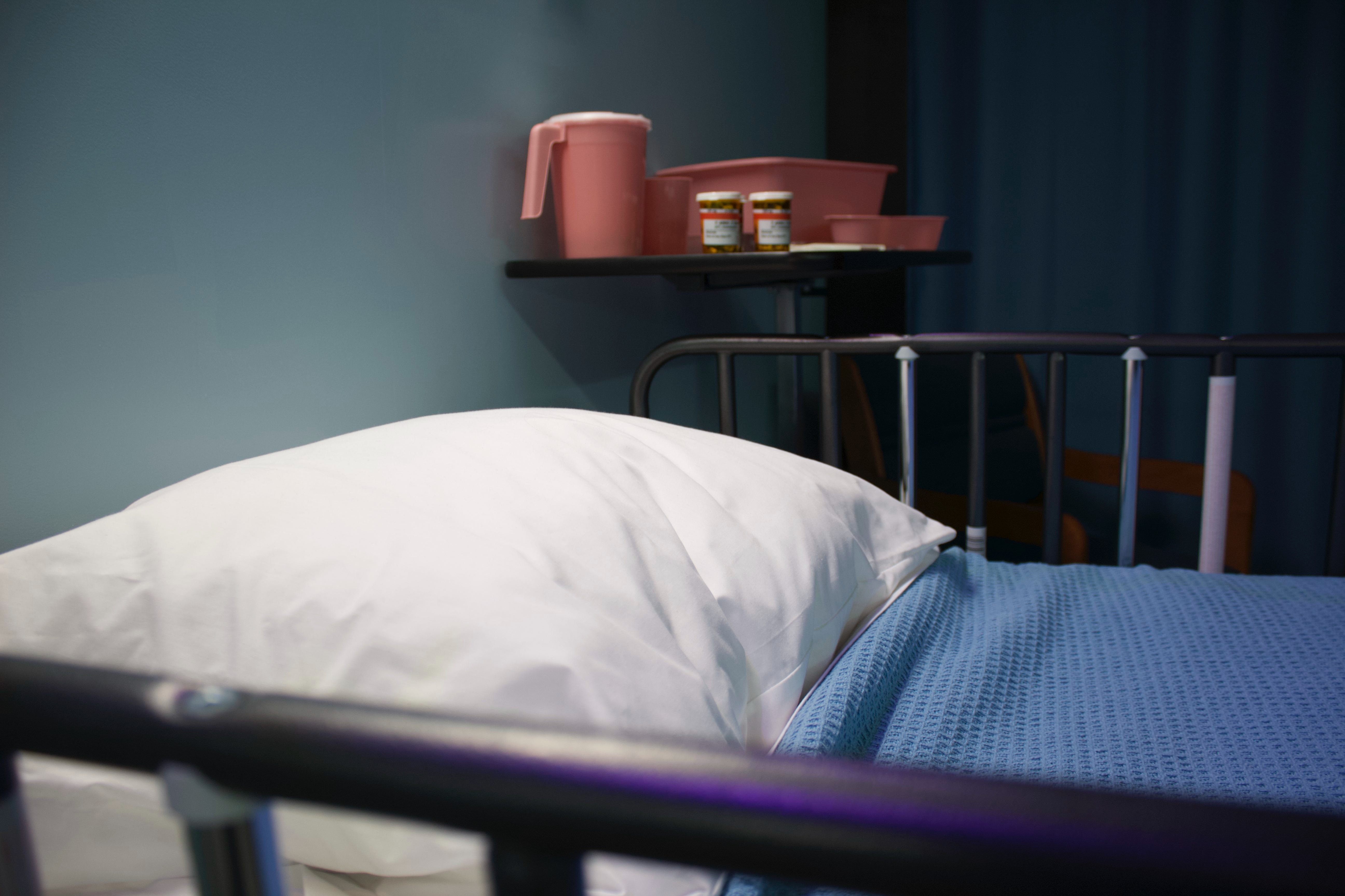 Vírus sobrevivem por até 5 dias em hospitais a partir de pacientes internados (Foto: Unsplash)