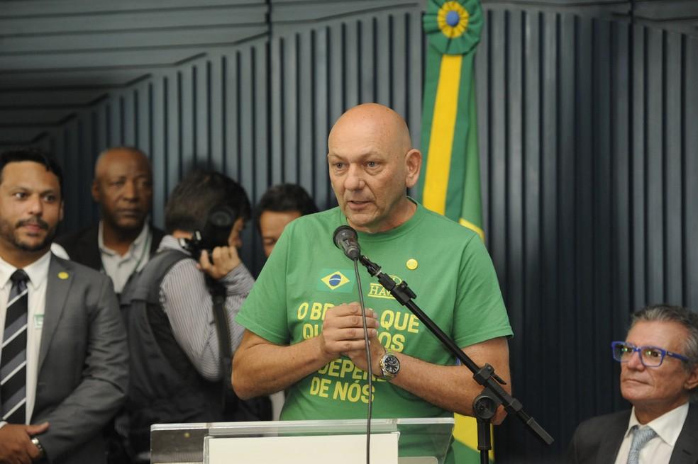 Luciano Hang, dono da Havan, alvo de operação da PF contra fake news — Foto: Câmara dos Deputados