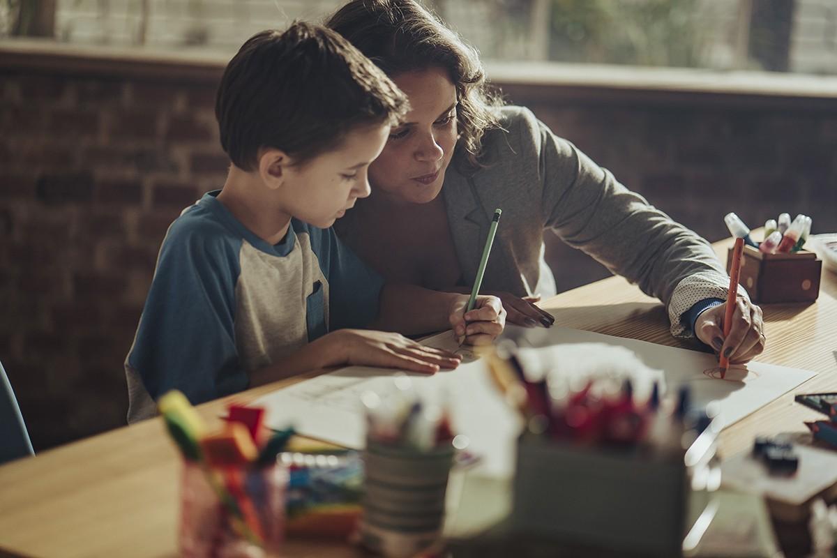 Vivenciar situações lúdicas com os pequenos pode trazer muitos benefícios  (Foto: TRIS)