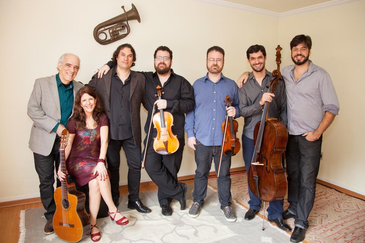 Theatro Dom Pedro em Petrópolis, RJ, recebe show em homenagem ao maestro Tom Jobim nesta sexta
