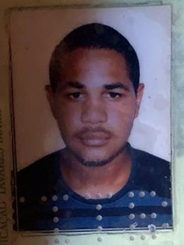 Jovem de 21 anos é morto a tiros no bairro do Salgado, em Caruaru