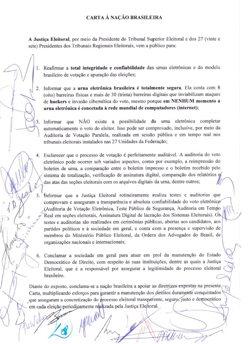 Carta divulgada pela presidente do Tribunal Superior Eleitoral, Rosa Weber, e pelos presidentes dos TREs — Foto: Reprodução