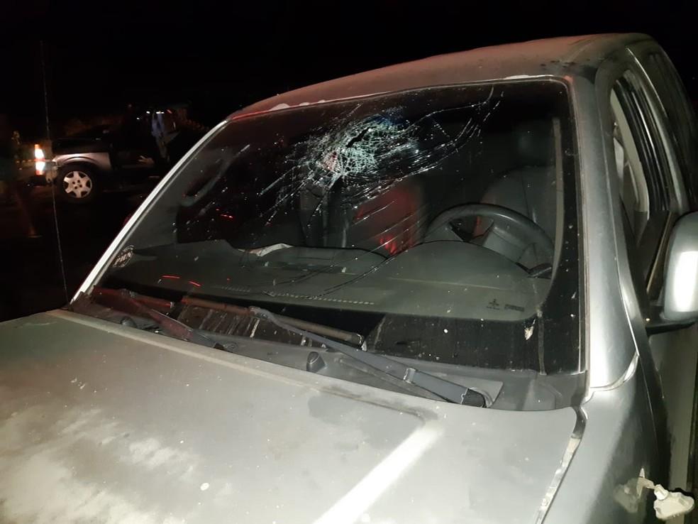 Motorista da caminhonete não foi encontrado — Foto: Polícia Rodoviária Federal/Divulgação