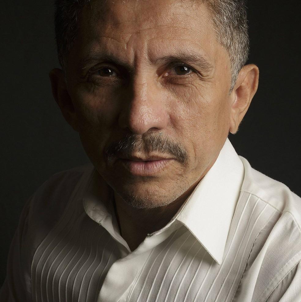 Ator Eduardo Carneiro morreu nesta quinta-feira (Foto: Reprodução/Redes Sociais)