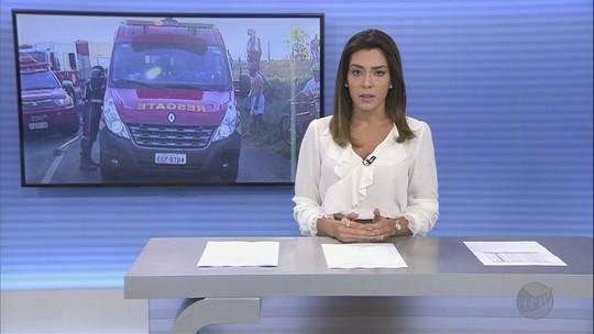 Um morre e 4 ficam feridos na colisão entre carros em rodovia de Pitangueiras, SP